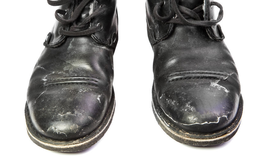 how to clean salt stains from shoes